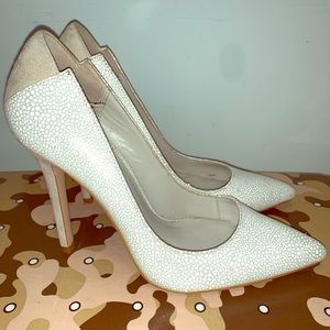 White Pebbled/ Nude Pointed Toe Reiss Heeled Shoes